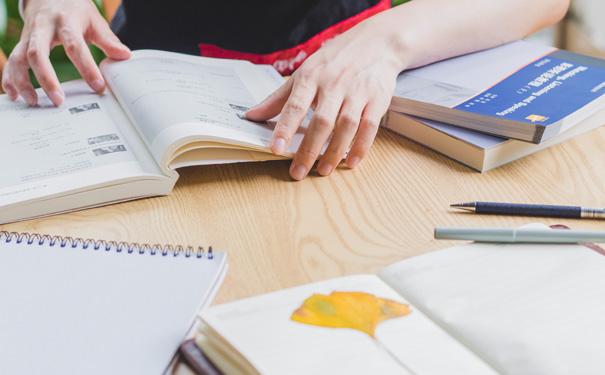 在線英語培訓機構可以怎么選?選擇哪家培訓機構比較好?
